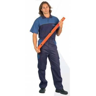 Polo manga corta combinado con un bolso de pecho