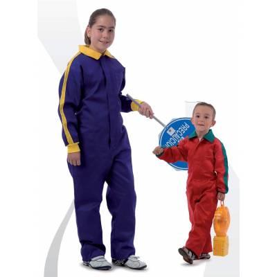 Buzo de niño. Cuello solapa a juego con puños, bolso de pecho y cremalleras de nylon.