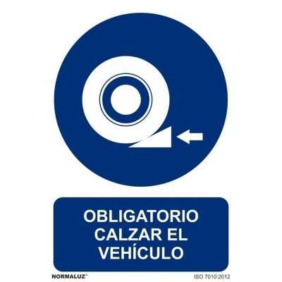 SEÑAL OBLIGATORIO CALZAR...
