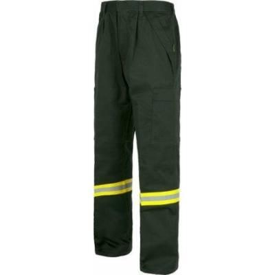 Pantalón ignífugo multibolsillos con una cinta reflectante. 100% Algodón.