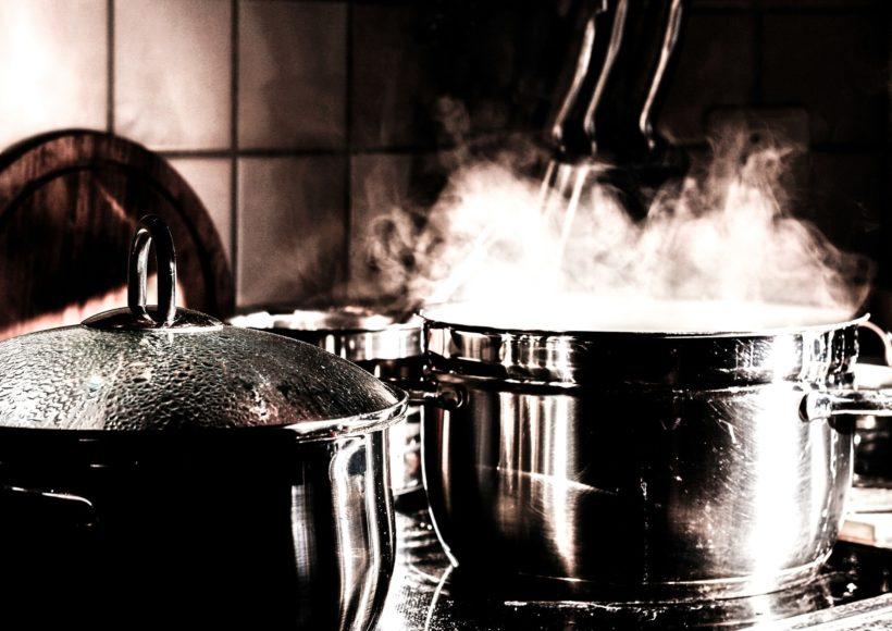 La cocina, un pequeño espacio y numerosos riesgos