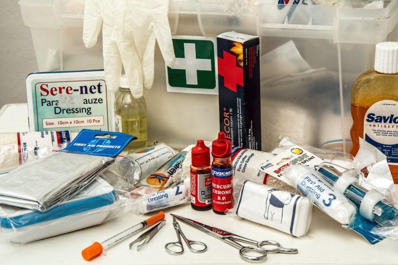 Botiquín y local de primeros auxilios